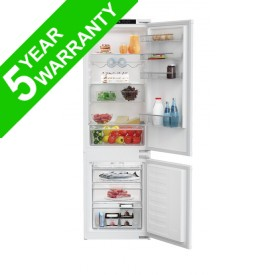 Blomberg KNM4553EI Built In Fridge Freezer 70/30 Split