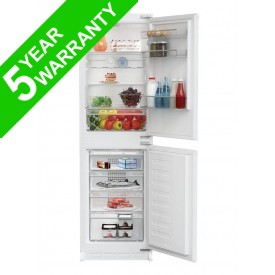 Blomberg KNM4561I Built In Fridge Freezer 50/50 Split